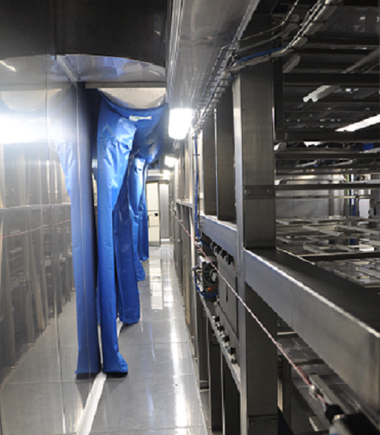 Internal corridor with air ducts inside the tray-carrier proofer Alitech